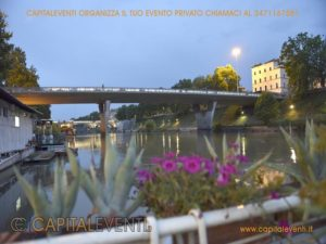 Barcone sul Tevere Roma 29
