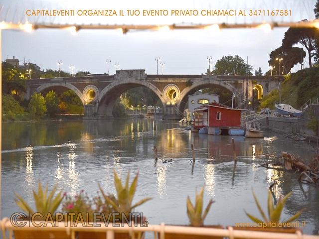 Barcone sul Tevere Roma 30